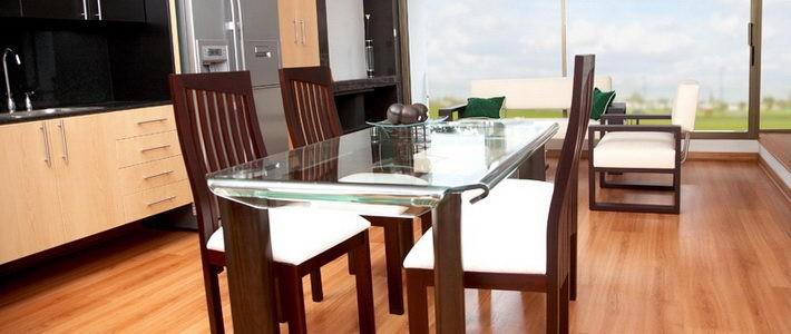 שולחנות אוכל ועיצוב הבית